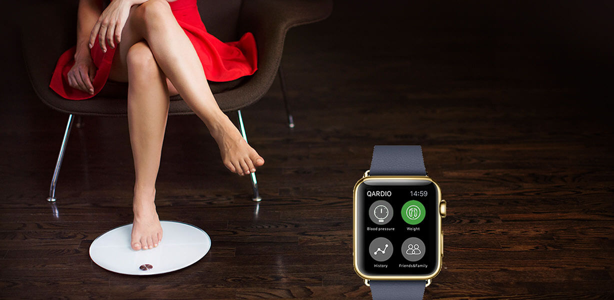 Smart scale body composition iPhone Apple Watch - QardioBase