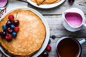 Delicious DASH diet sample menu for the summer - pancakes